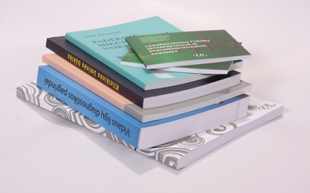 Soft-cover-books_src_1-cdd222c293e91b09ce795661cd85ff97.jpg